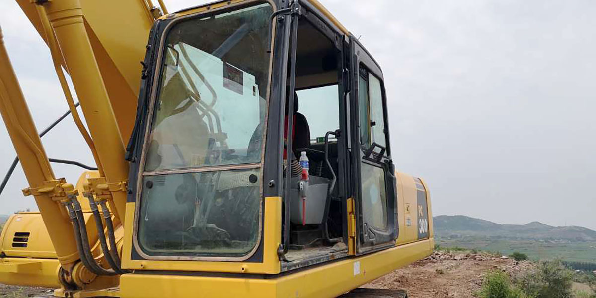 小松挖掘机PC300-8M0_2018年出厂1743小时