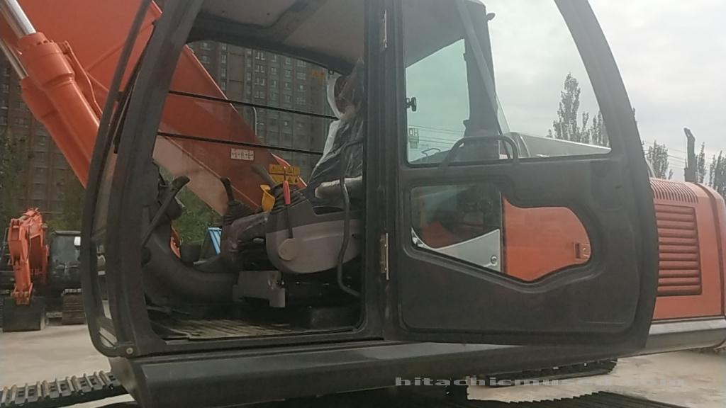 日立挖掘机ZX240-3_2018年出厂15小时