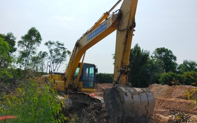 小松挖掘机PC240LC-8M0_2018年出厂4431小时