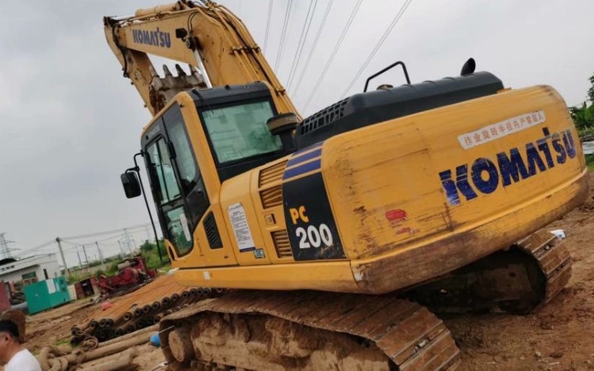 小松挖掘机PC200-8M0_2018年出厂2745小时