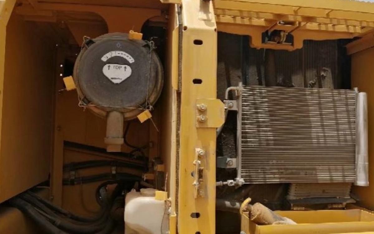 小松挖掘机PC200-8M0_2019年出厂696小时