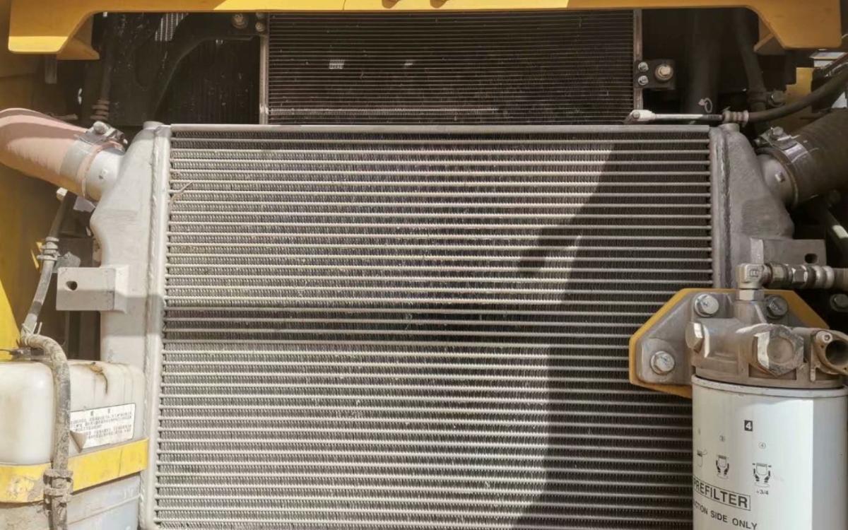小松挖掘机PC300-8M0_2018年出厂2937小时