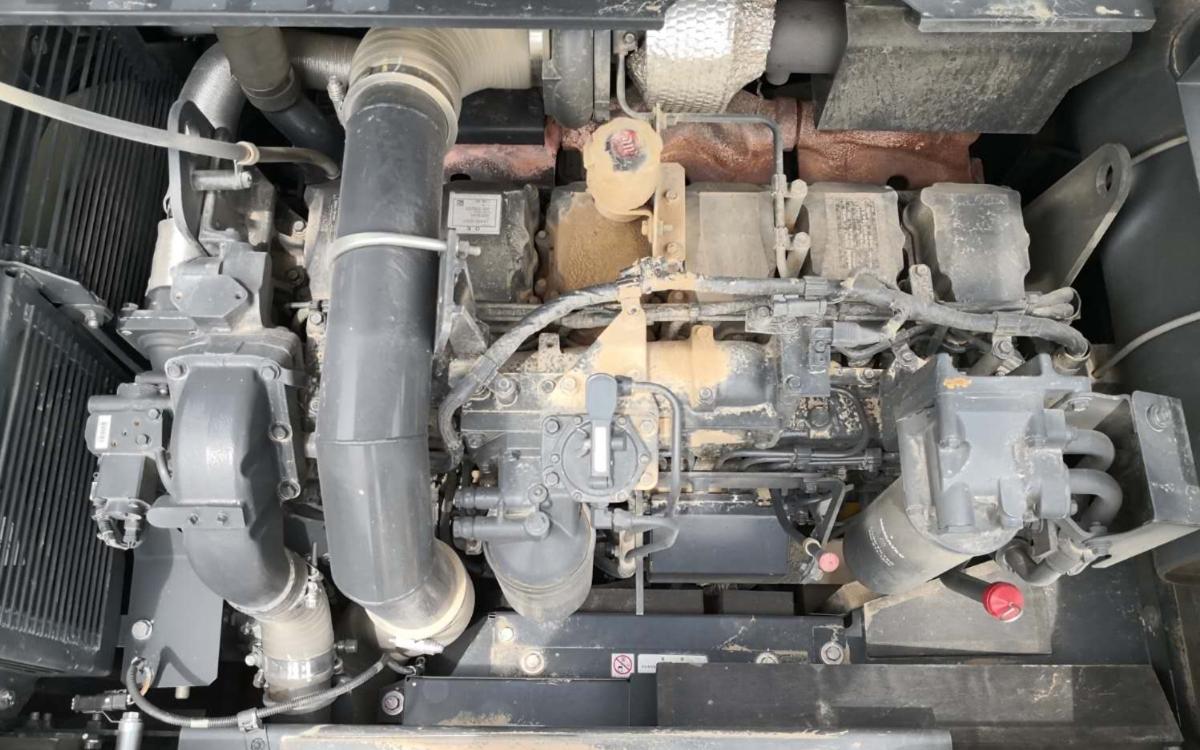 小松挖掘机PC460LC-8_2019年出厂1752小时