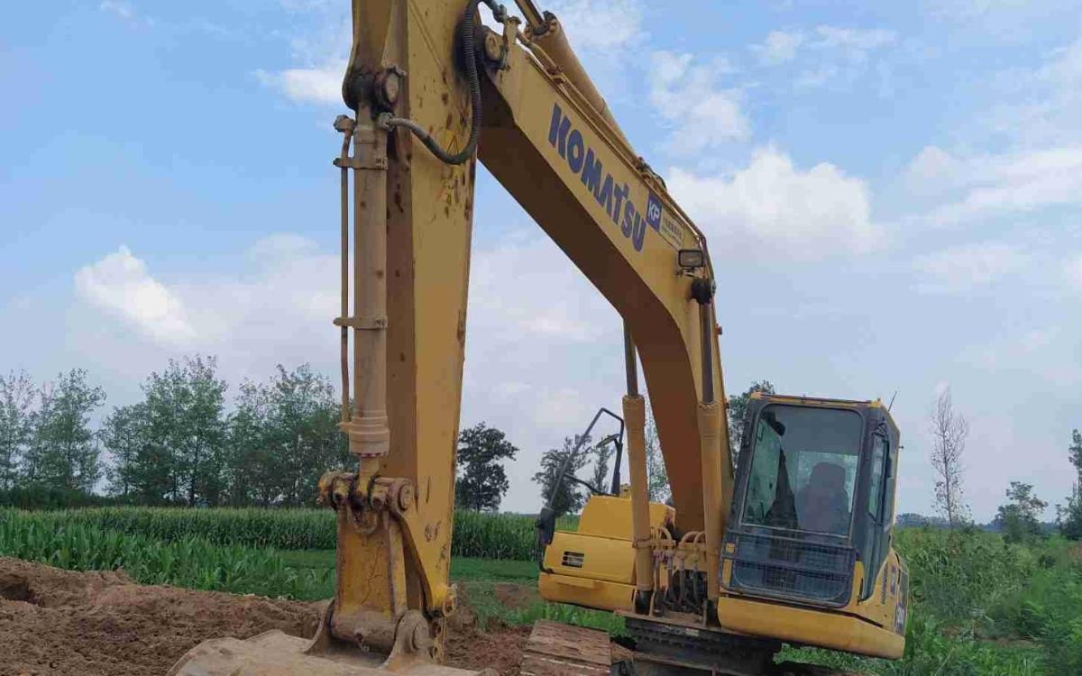 小松挖掘机_高端循环机_PC200-8M0_2018年出厂3261小时