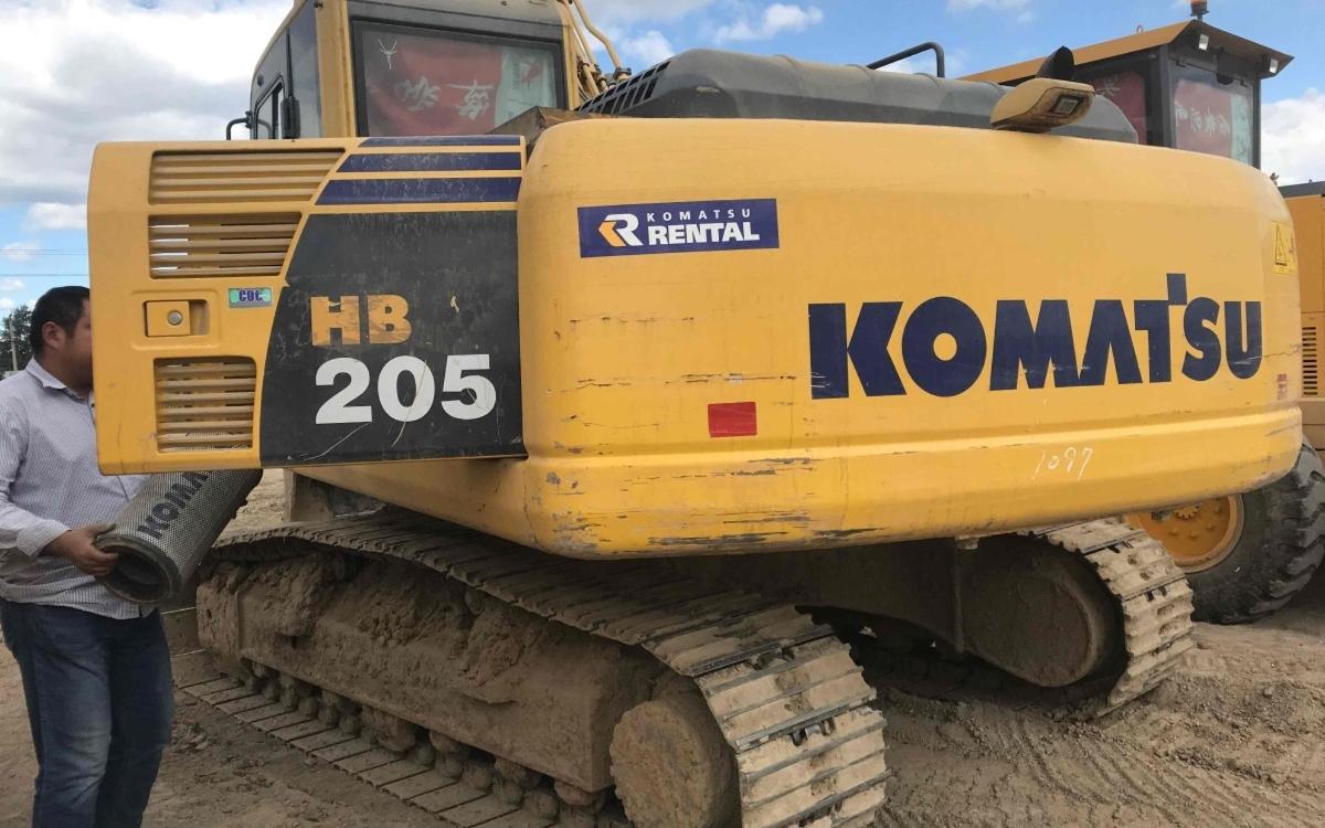 小松挖掘机HB205-1_2011年出厂4506小时