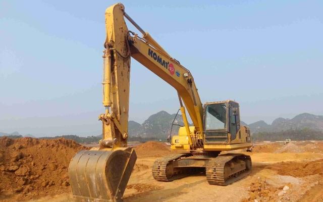 小松挖掘机PC210一8M0