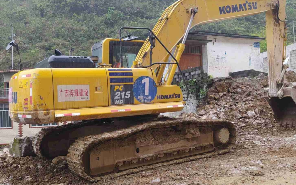小松挖掘机_高端循环机_PC215HD-10M0_2020年出厂2025小时