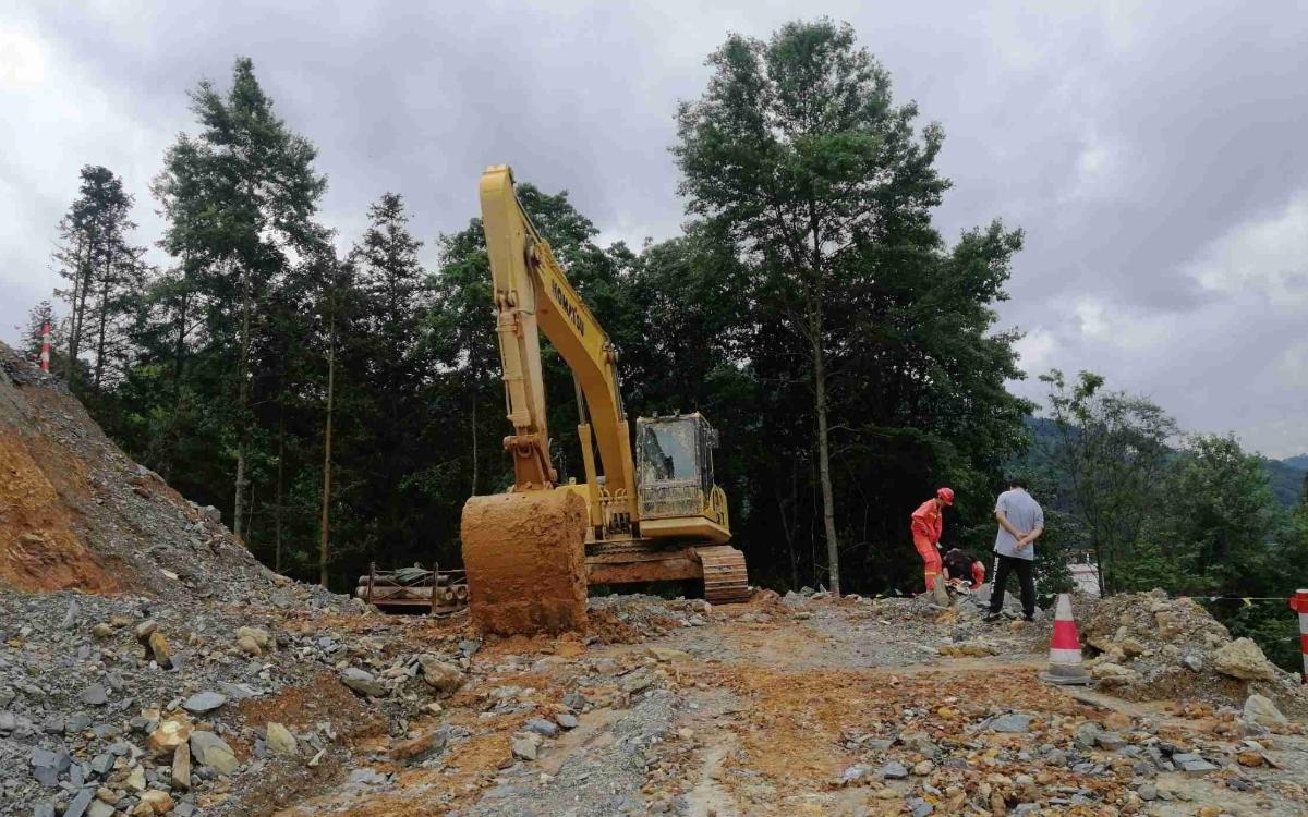 小松挖掘机_高端循环机_PC240LC-8M0_2020年出厂1104小时