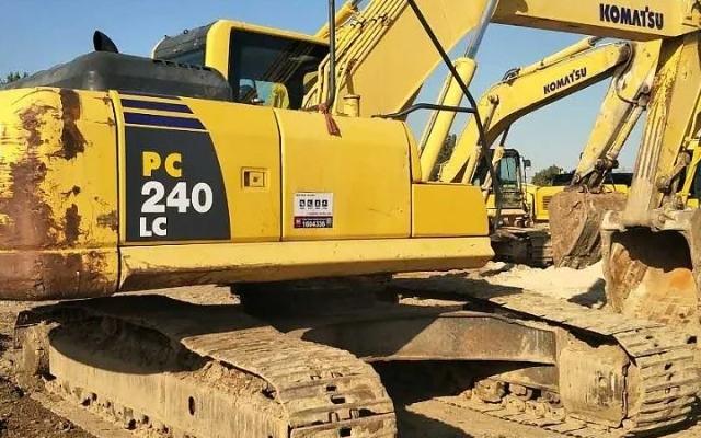小松挖掘机_认证整备车_PC240LC-8_2010年出厂13139小时