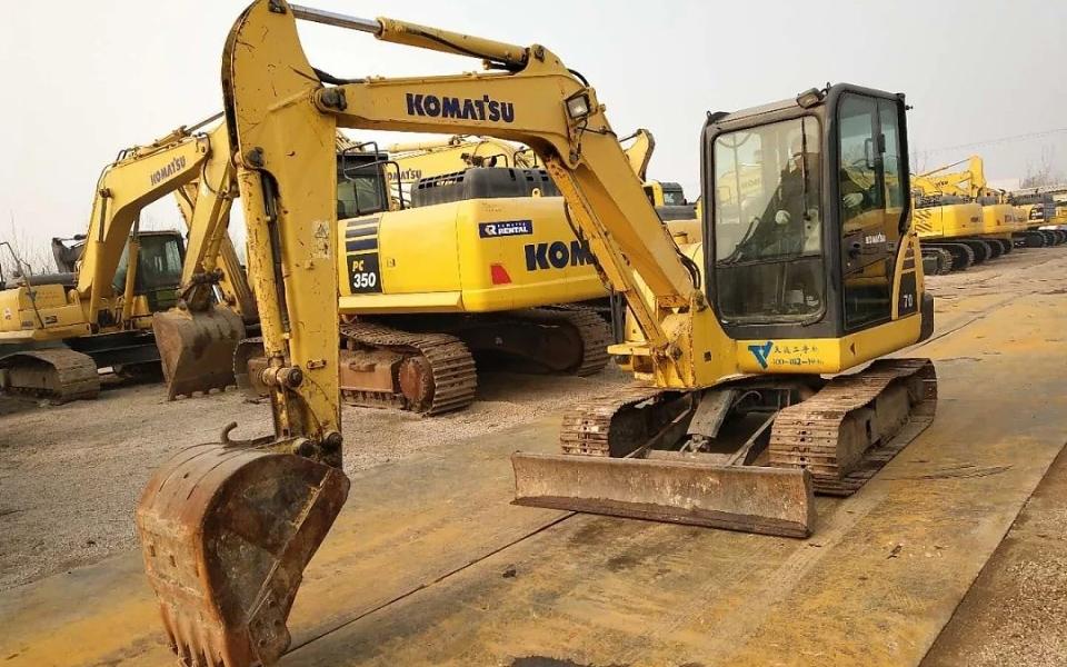小松挖掘机PC56-7_2012年出厂7026小时