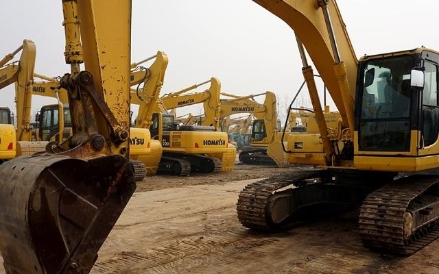 小松挖掘机PC200-8