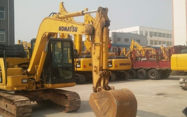 小松挖掘机PC60-8
