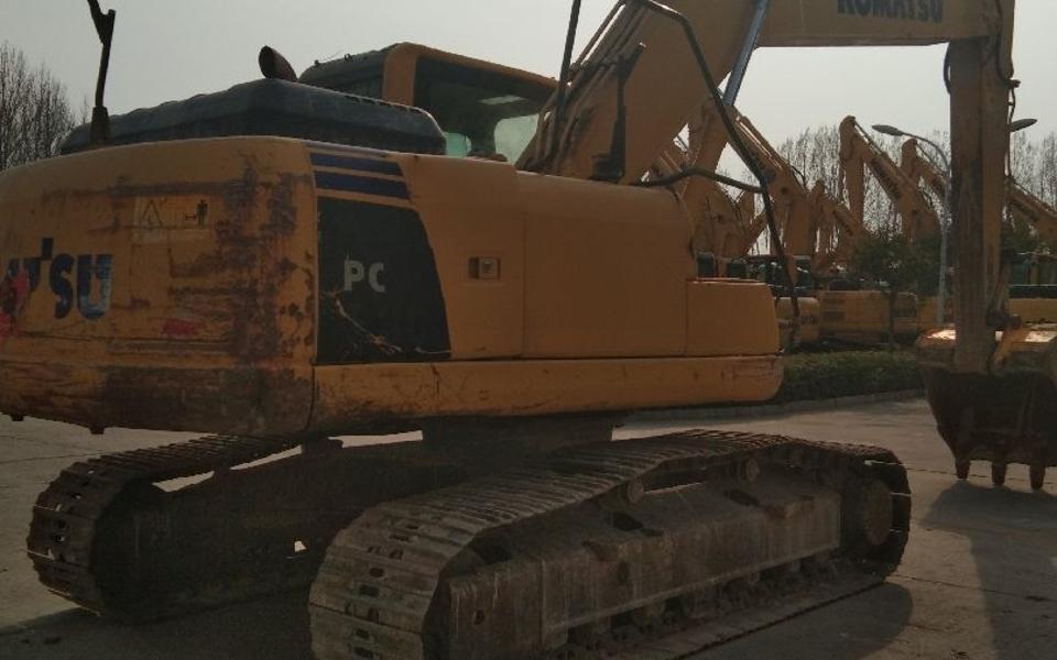小松挖掘机PC200-8M0_2013年出厂6782小时