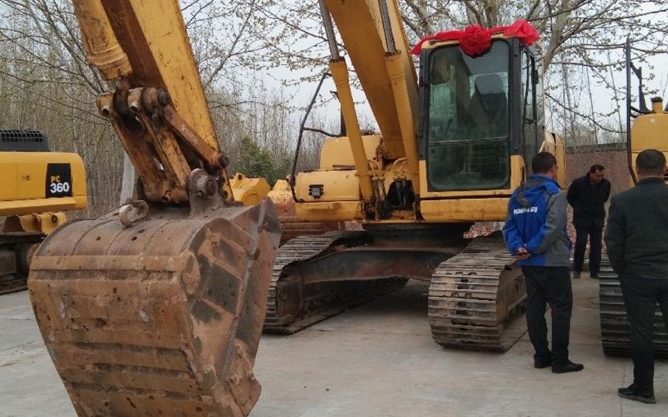 小松挖掘机PC200-8_2009年出厂13268小时