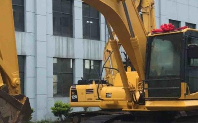 小松挖掘机PC210LC-8_2011年出厂16272小时