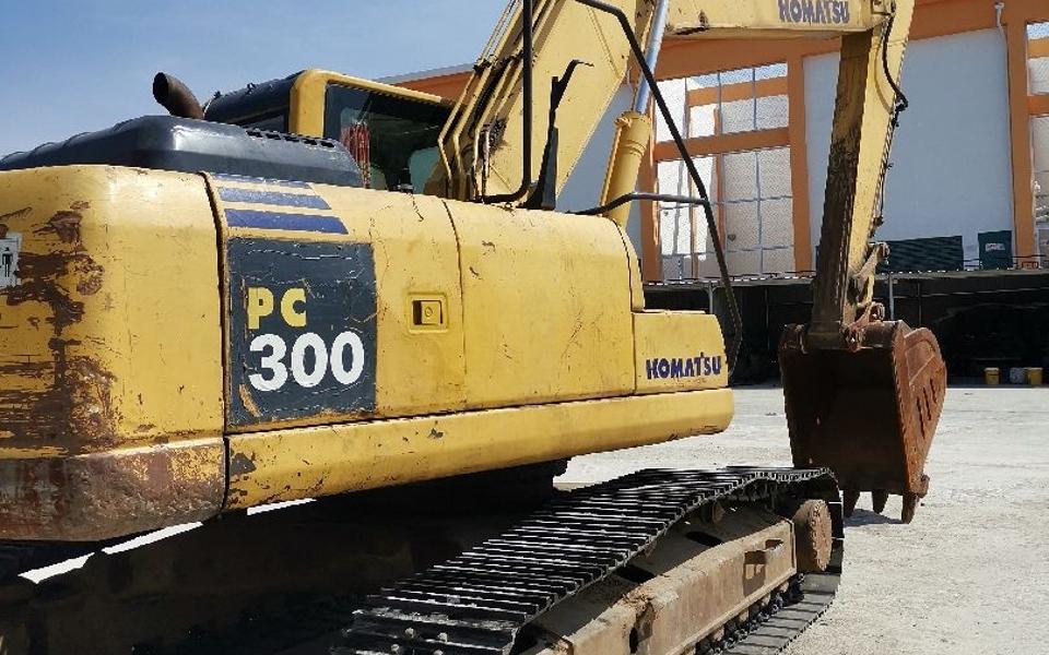 小松挖掘机__PC220-8_2010年出厂6924小时
