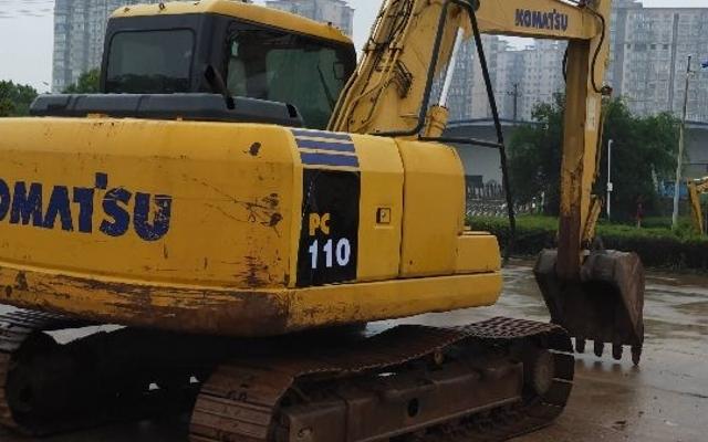 小松挖掘机PC110-7