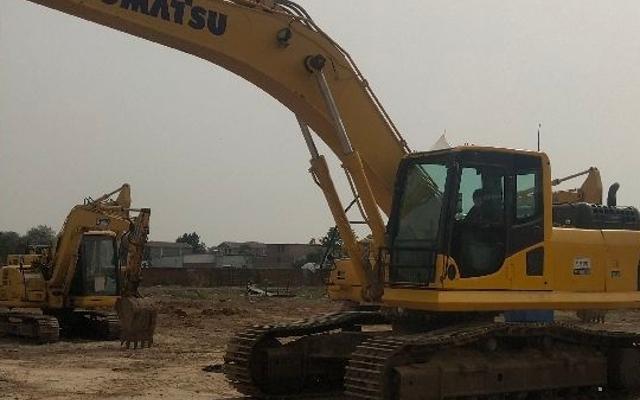 小松挖掘机PC360-8M0_2017年出厂9673小时