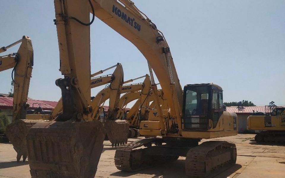 小松挖掘机PC300-7_2010年出厂8365小时