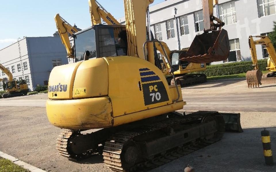 小松挖掘机PC70-8B_2011年出厂8395小时