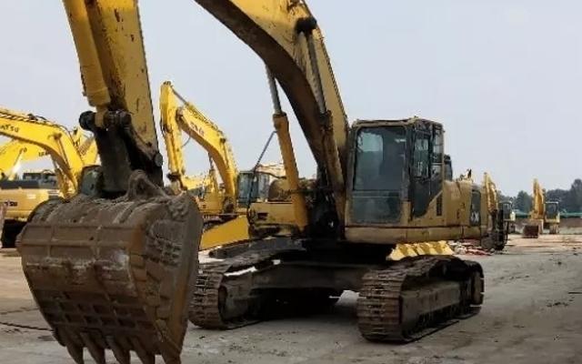 小松挖掘机PC400-8_2012年出厂8139小时