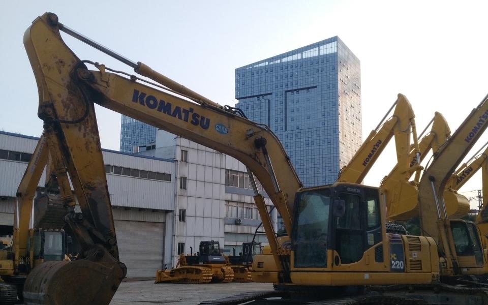 小松挖掘机PC220-8M0_2013年出厂6459小时