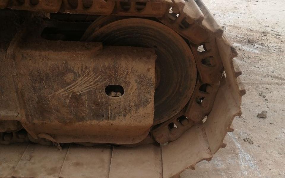 小松挖掘机PC220-8_2010年出厂9733小时