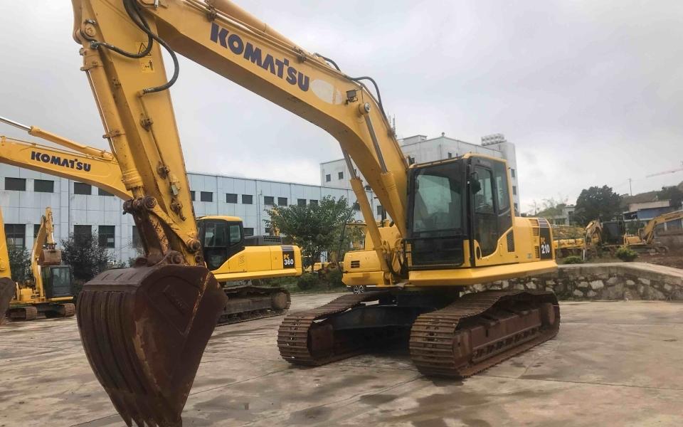 小松挖掘机PC210-8M0_2017年出厂3506小时