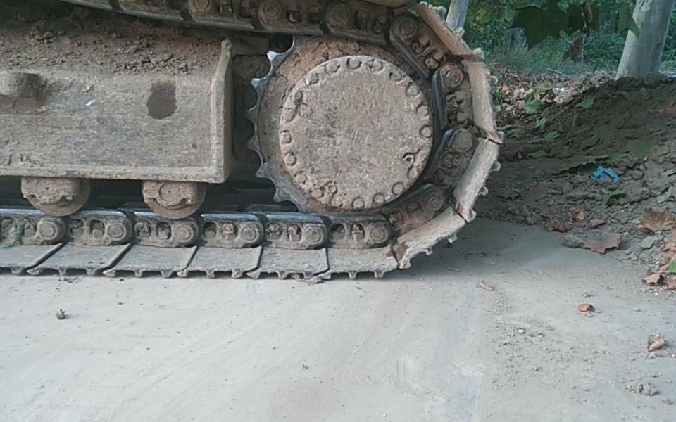 小松挖掘机PC220-8_2008年出厂8943小时