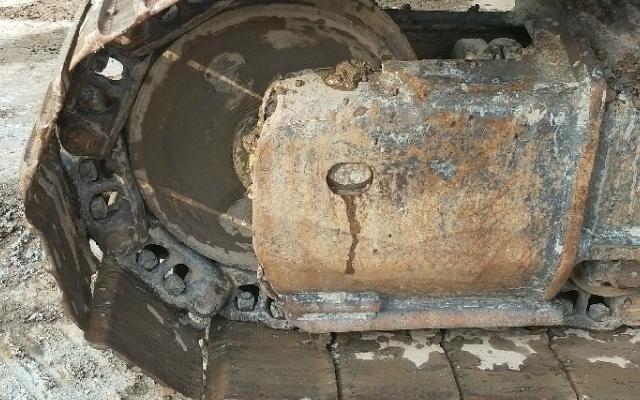 小松挖掘机PC220-8_2012年出厂8863小时