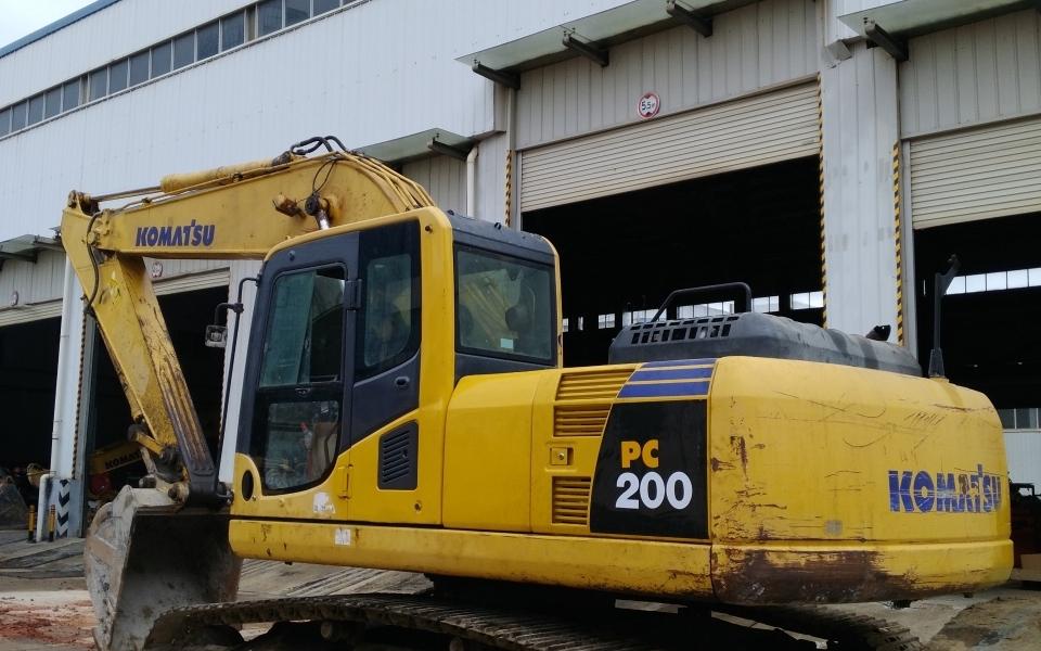 小松挖掘机PC200-8_2009年出厂14725小时