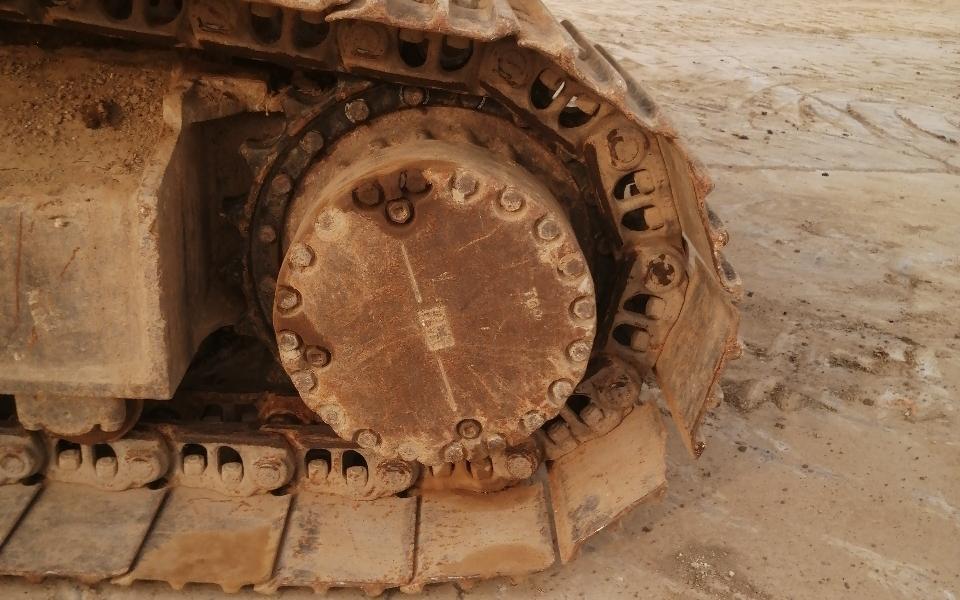 小松挖掘机PC220-8_2011年出厂9197小时