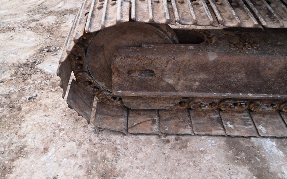 小松挖掘机PC70-8_2011年出厂13202小时