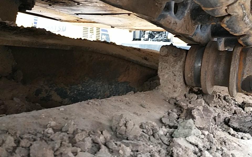 小松挖掘机PC220-8_2010年出厂7967小时