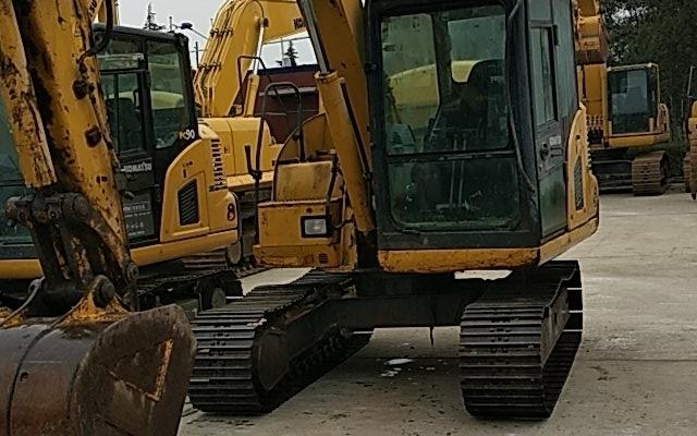 小松挖掘机PC70-8