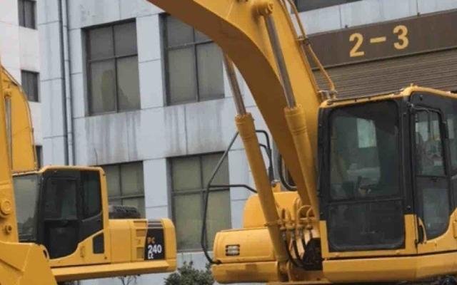小松挖掘机_认证整备车_PC220-8M0