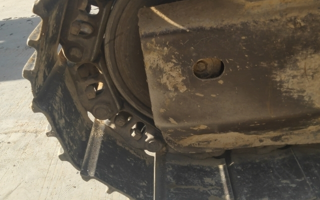 小松挖掘机PC240LC-8_2010年出厂12127小时