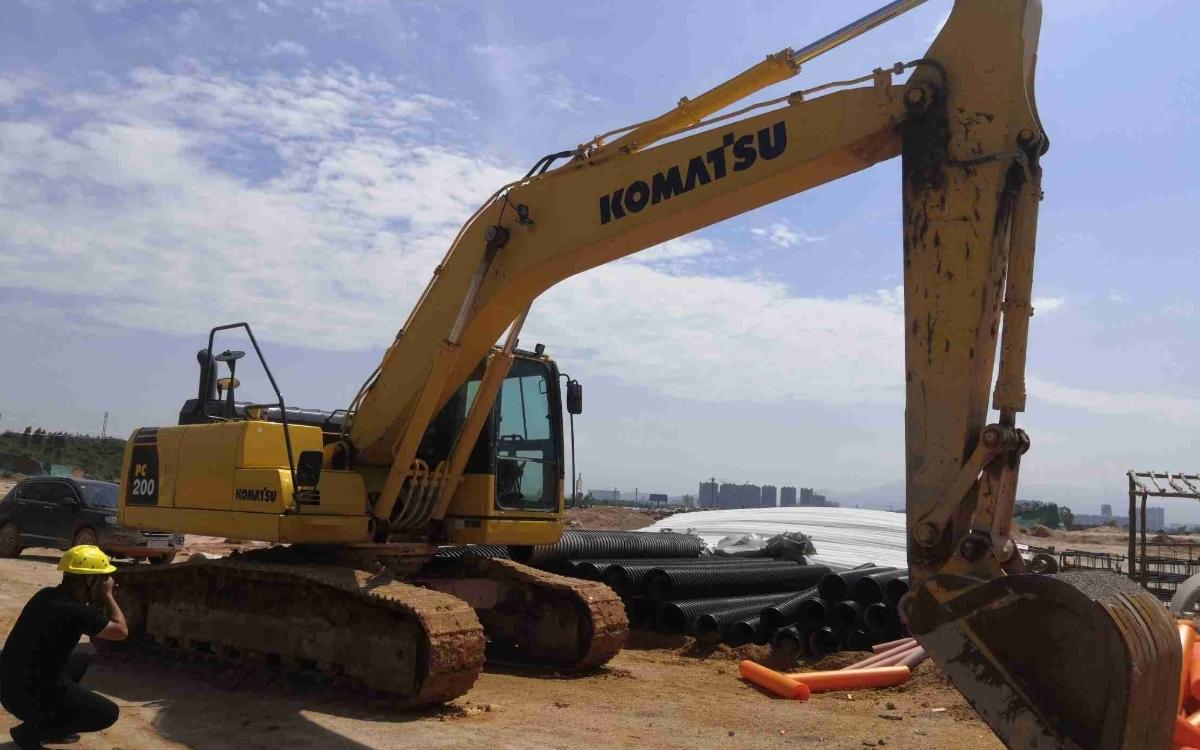 小松挖掘机PC200-8M0_2020年出厂2030小时